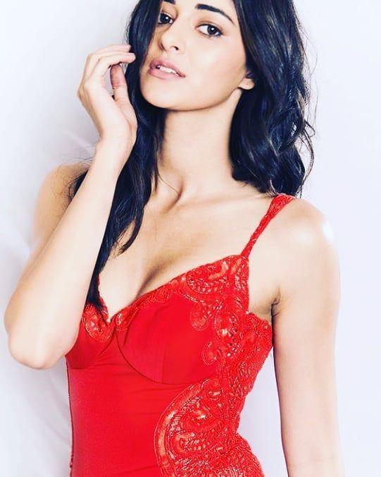@ananyapanday @sonurajputsr @sonurajputnew #naturalbeauty #menfashion #stylishmen #hot #men #debinab...