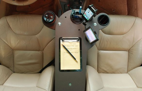 Journidock Lets You Set Up Your Own Mini Mobile Office And Workstation In Vehicle