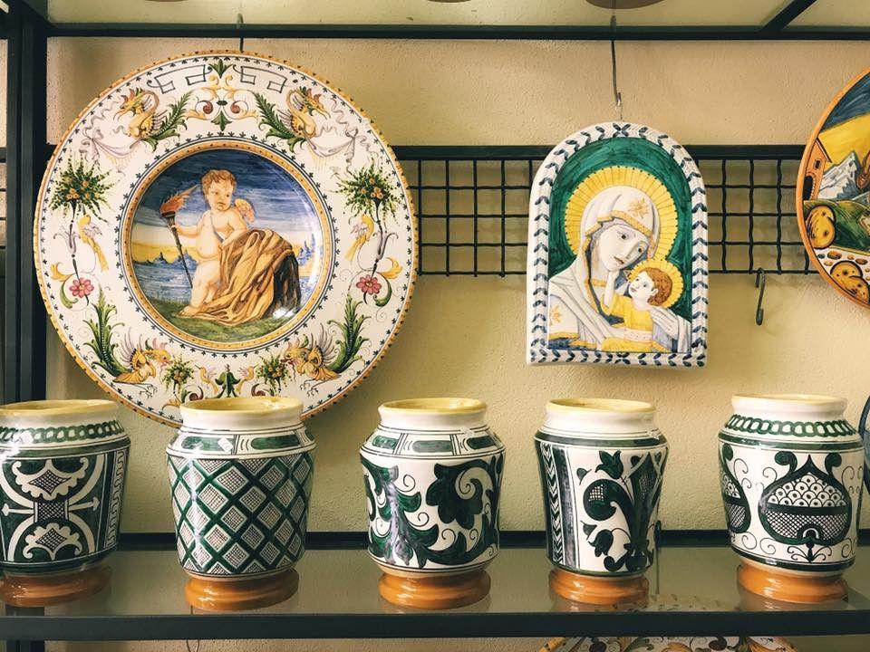 Area Ceramica Civita Castellana.Le Ceramiche Di Civita Castellana Http Www Viaggideimesupi Com 2017 07 24 Ceramiche Di Civita Castellana Travel Italy Ceramica Castellana Arte
