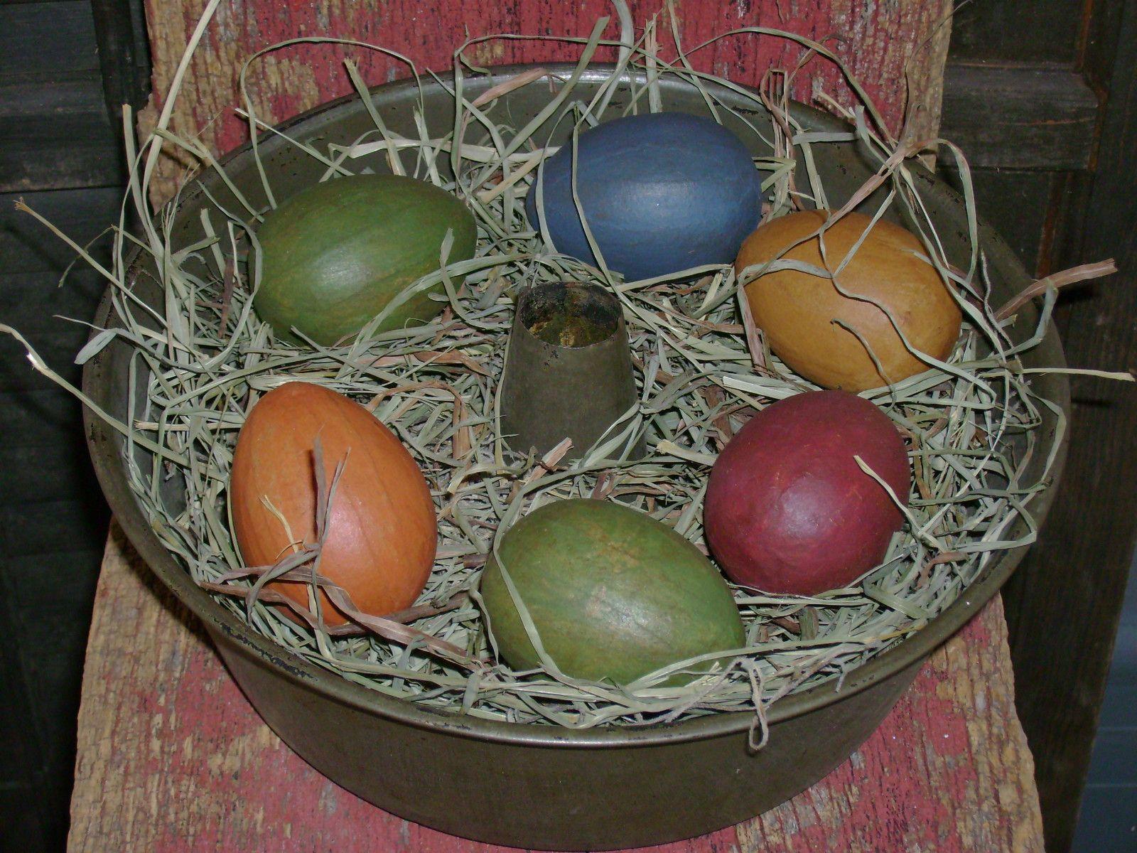 Bundt paneaster eggs easter eggs