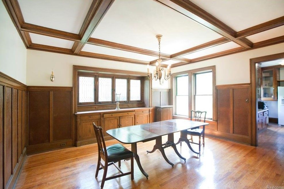 Stunning 100-Year-Old Boston Edison Home Lists for $289K - Curbed Detroit