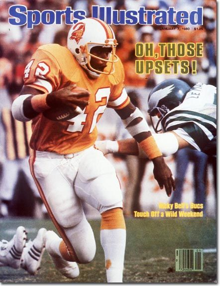 The Old Orange And White Tampa Bay Buccaneers Uniforms There Is Nothing Wrong With Orange The Tennessee Voluntee Sports Illustrated Sports Tampa Bay Football