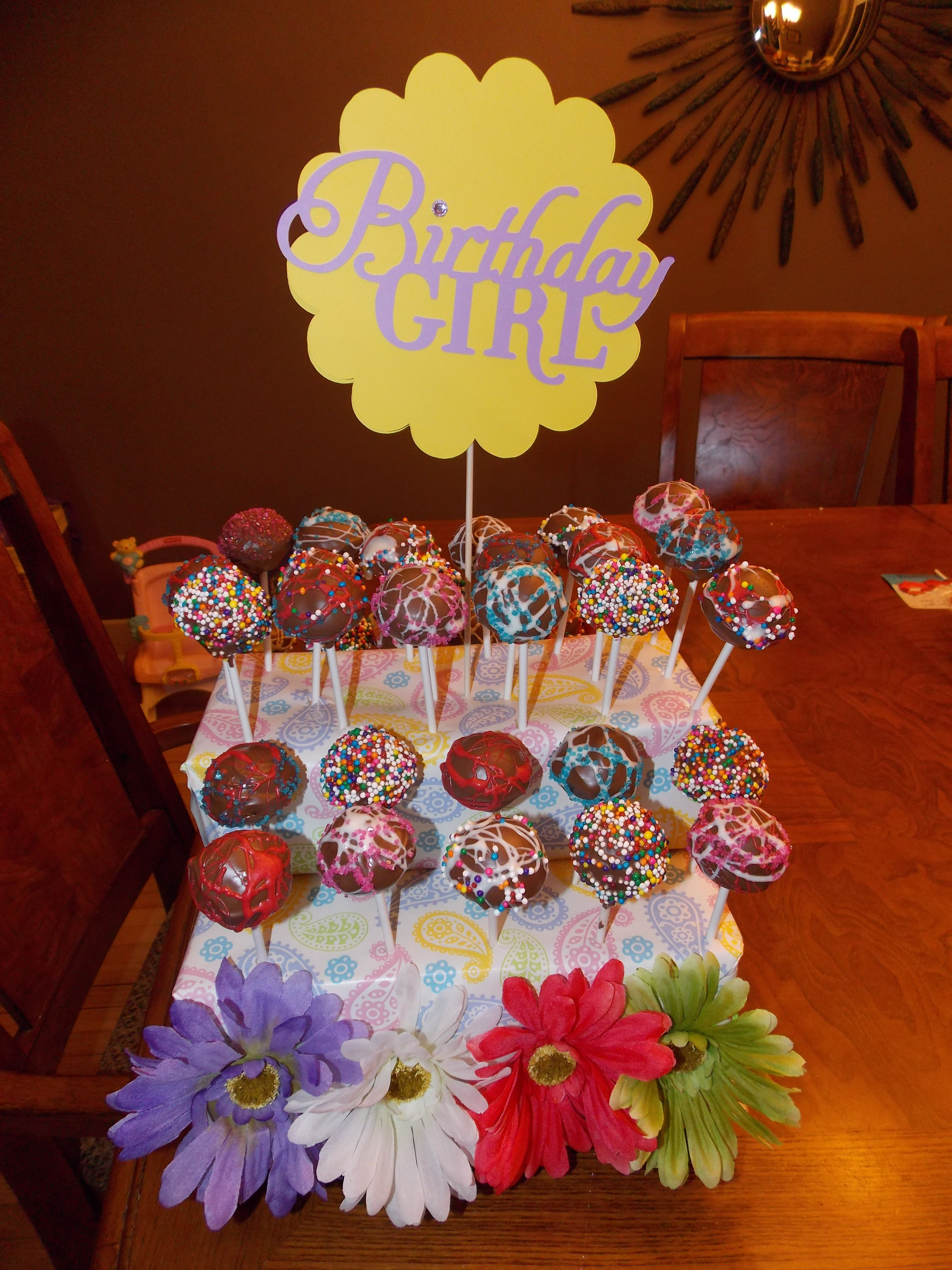 Cakepops and handmade stand