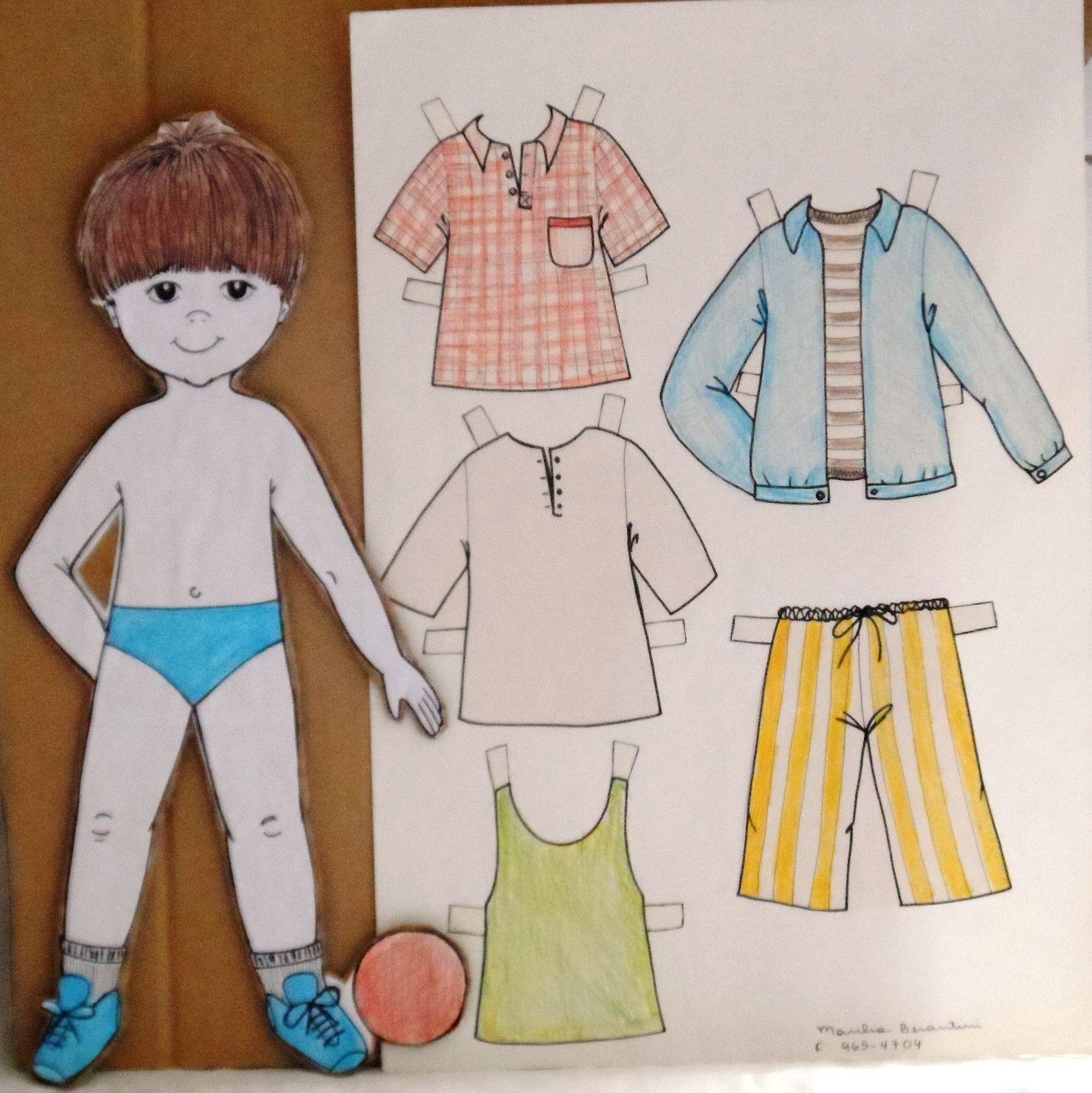 Minhas Bonecas de papel com roupas Marberan Artes