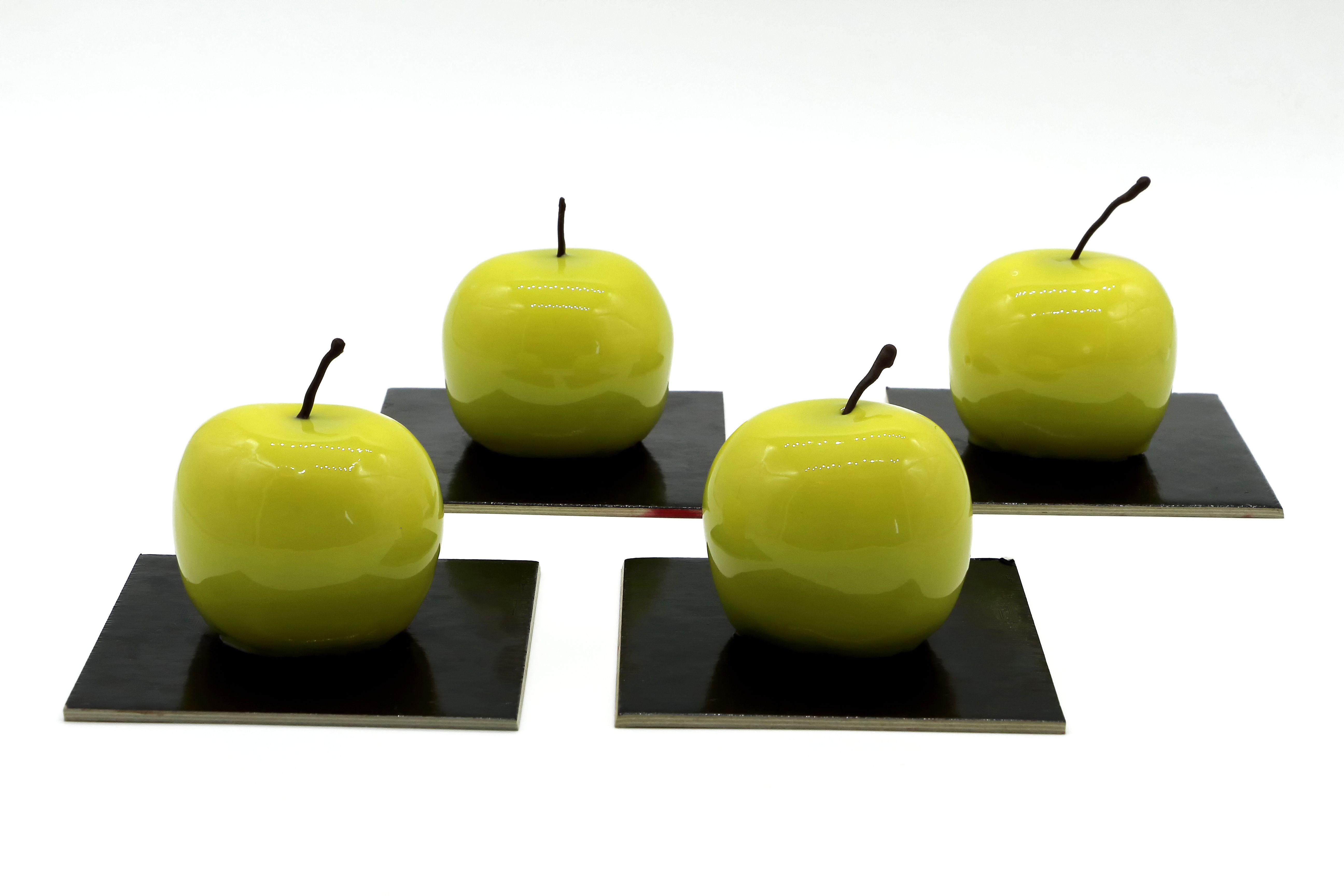 Monoporzione Alla Mela Verde I Massari Mousse Alla Vaniglia Decorazioni Cioccolato Mele