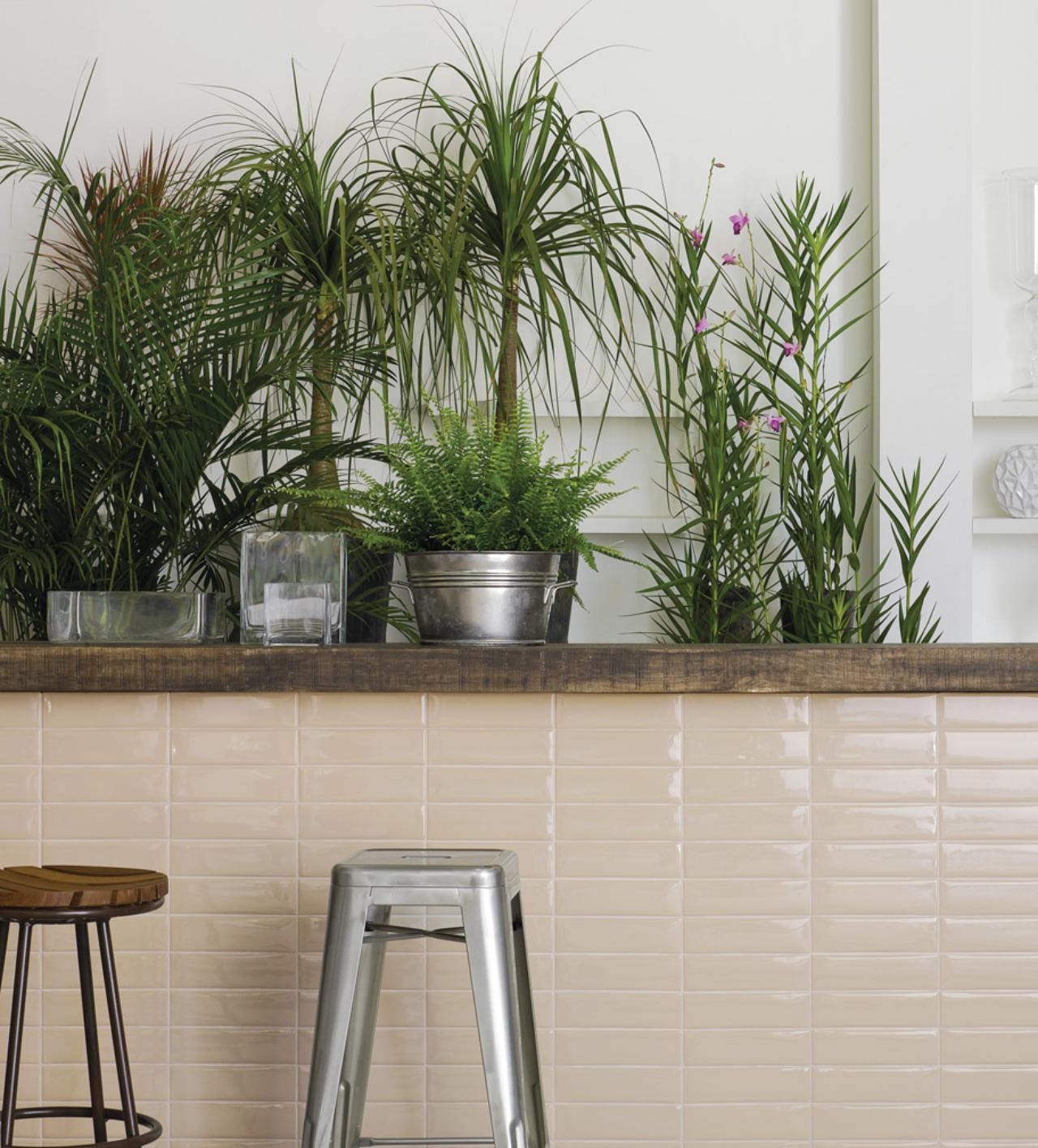 Liverpool_Concreto Apparente #tile #kitchen #white