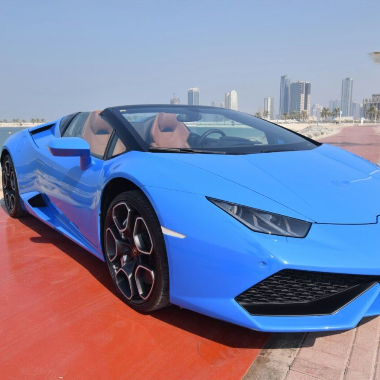 Lamborghini Huracan Spyder Rental In Dubai In 2020 Cool Sports Cars Luxury Car Rental Sports Cars Luxury