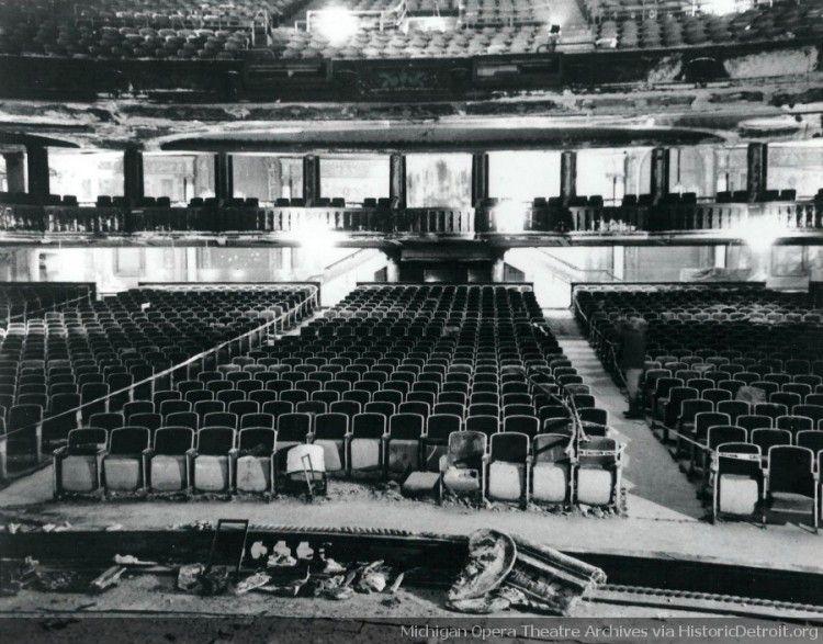 Detroit Opera House Pre renovation photos gallery