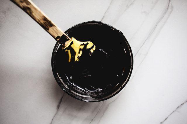 How to Make Black Food Coloring   Black food coloring ...