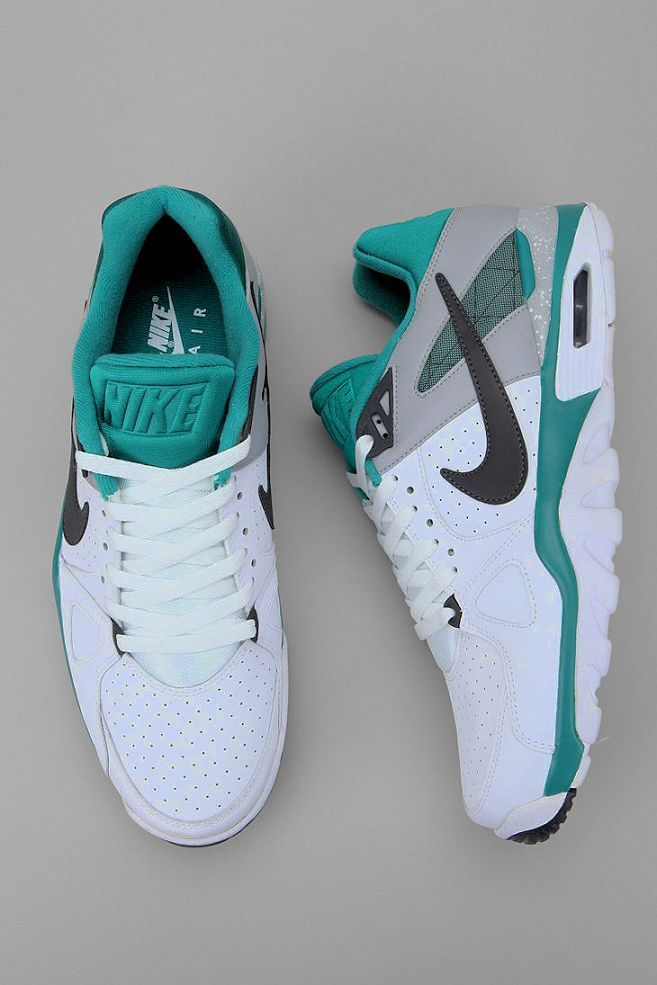 Nike Women S Running Shoes Are Designed With Innovative Features And Technologies To Help You Run Your Best Whate Classic Sneakers Running Shoes Nike Sneakers