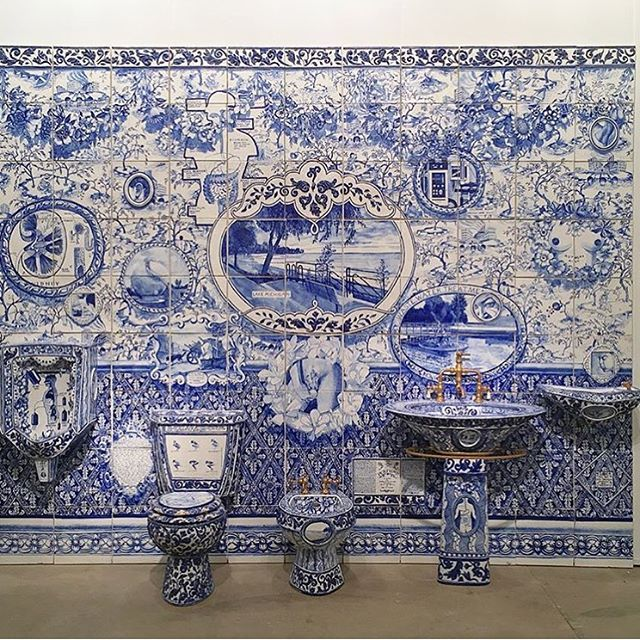 A Blue And White Bathroom Bonanza By Ann Agee Her 1992 Iconic - Delightful-art-on-tiles-by-okhyo