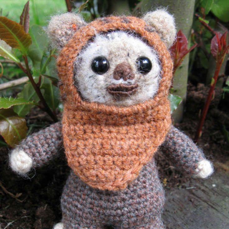 Grab this Super Cute FREE Ewok Amigurumi Crochet Pattern. Browse ...