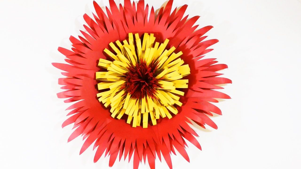 Giant Paper Flower Tutorial Under 60 Seconds The Best Ever Paper