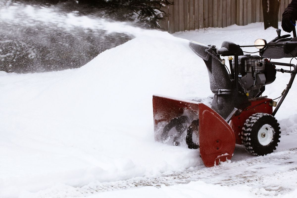 Hiring a snow removalservice might sound simple to you, but one has to invest lots of time in research before finding the right professional service. But, why so? Do you know many part-time snow removers are unreliable? To ensure you're not stranded during a snowstorm, consider hiring an expert snow removal services. #snowremovalservices #bestsnowremovaloptions #howtoremovesnow #importanceofsnowremoval