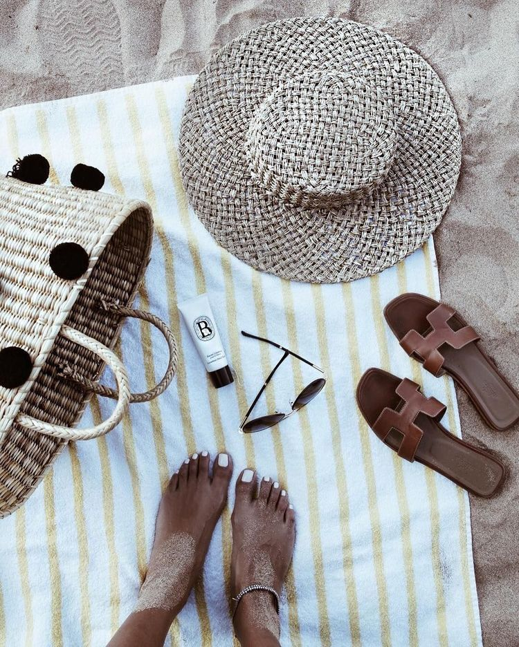 foto de Pin by Naniko on summertime Beach flatlay Summer flatlay