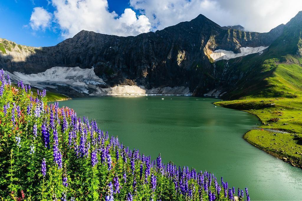 Dowarian Lake, Azad Kashmir, Pakistan by Johan Assarsson