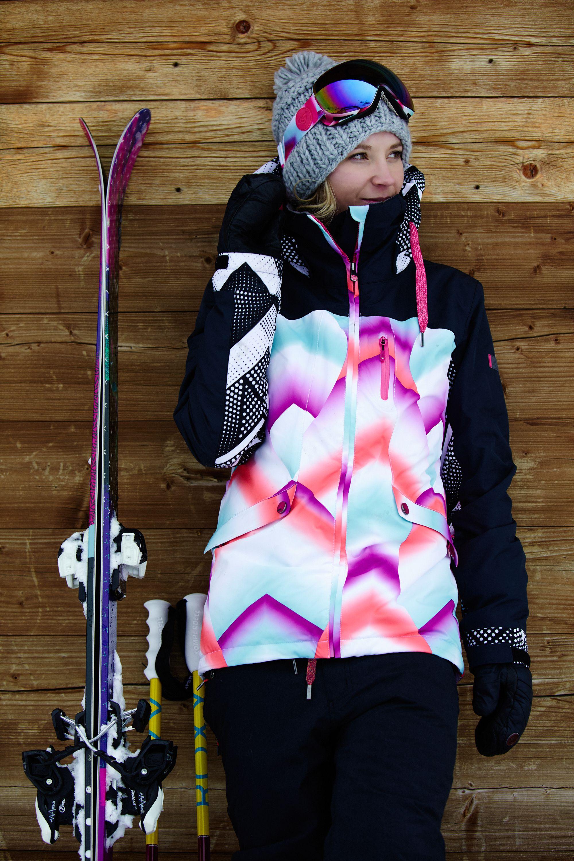 c637206fe5 Dara Howell rockin  the  POPsurf Wildlife Snow Jacket