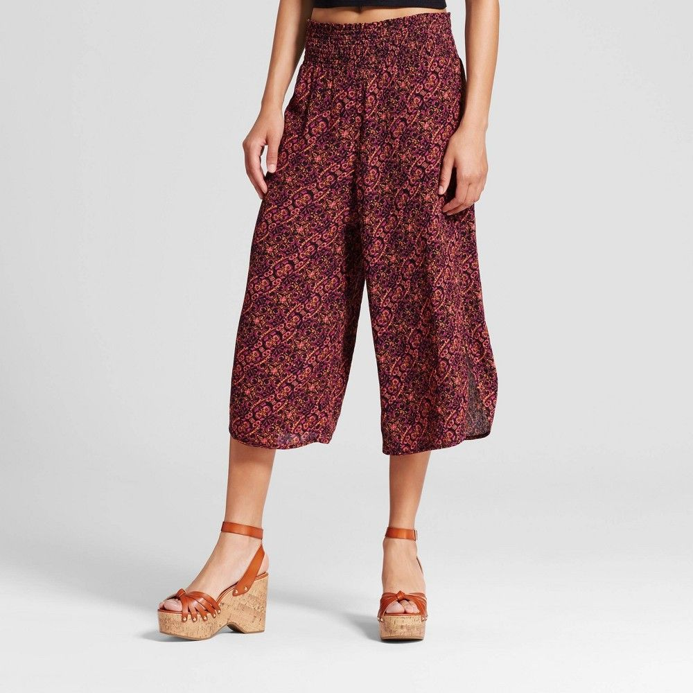 Women's Gaucho Pants Mossimo Supply Co. Burgundy XL, Size