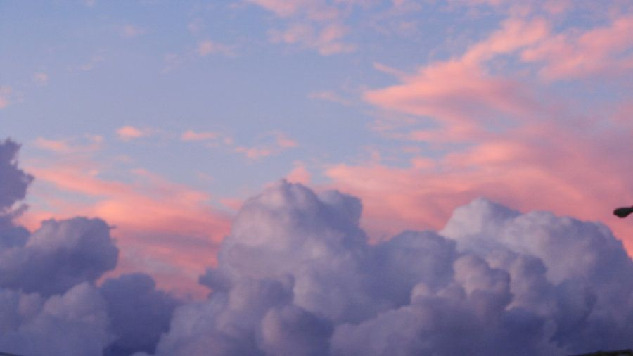 someone_is_painting_the_sky_by_frankbencosme-d5mgko1.jpg (900×506)