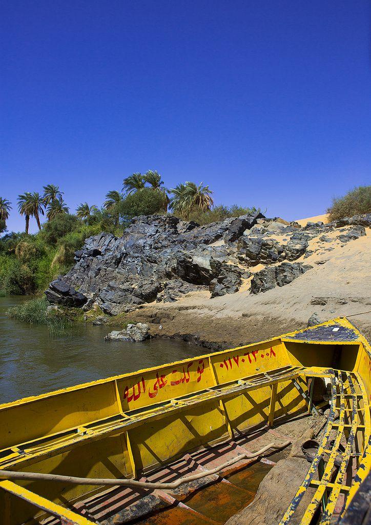 https://flic.kr/p/ecgTFW | Boat On The Bank Of River Nile, Sai Island, Sudan | © Eric Lafforgue www.ericlafforgue.com