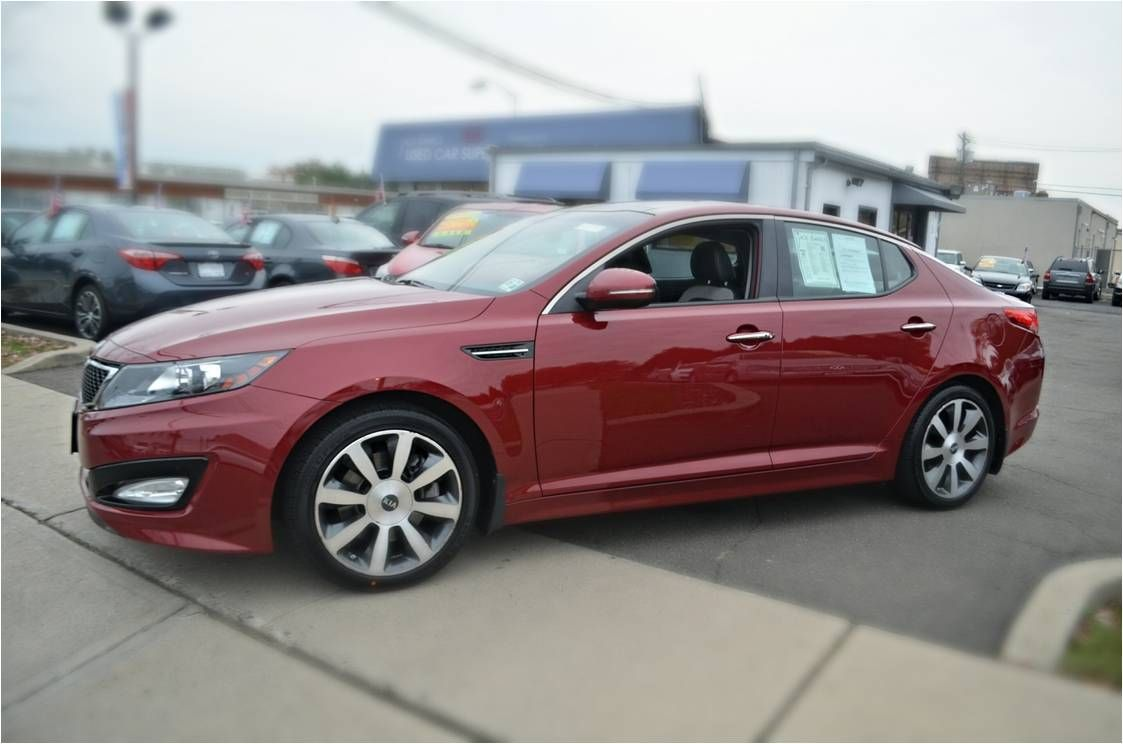 Dynamic, aggressive and seriously sculpted…. KiaOptima