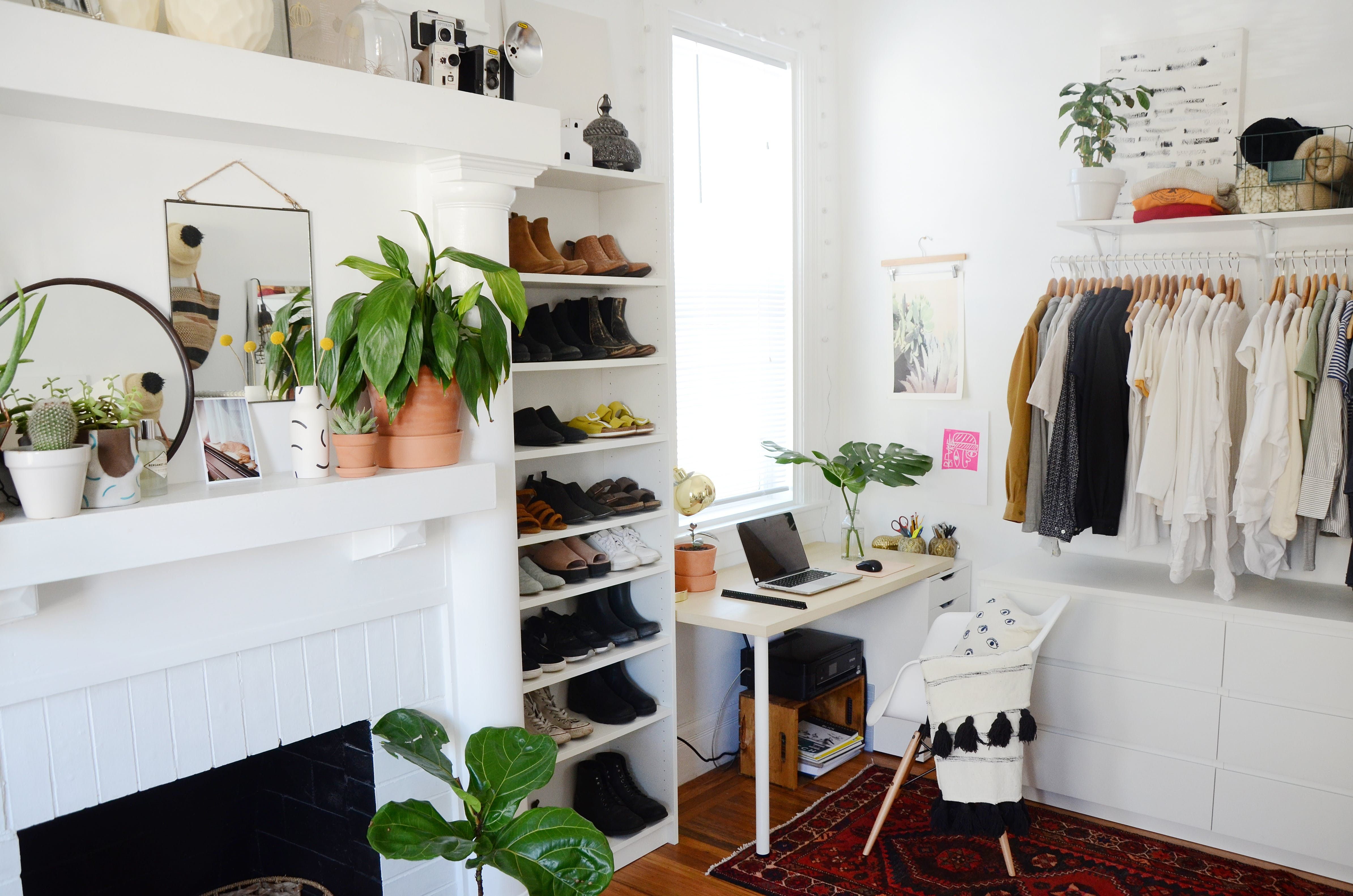 5 Roommates, 5 Closets and Lots of Clever Storage Solutions in San