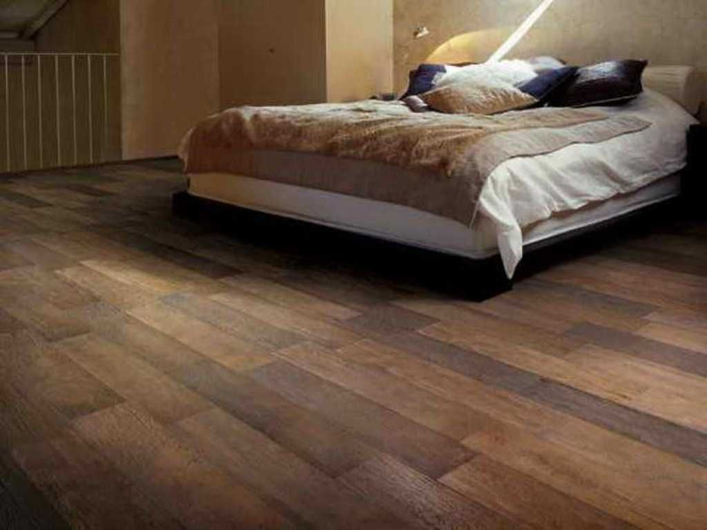 Ceramic Tile Flooring That Looks Like Wood Planks For New House
