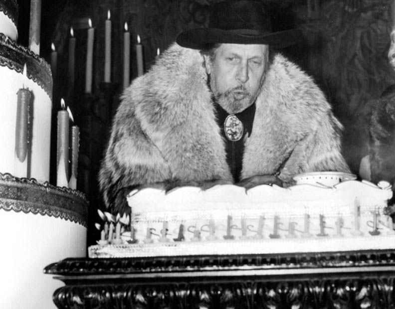 Let Them Eat Cake   2/4   A Certain Cinema-Vincent Price celebrating his  100th movie