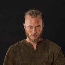 the vikings travis fimmel - he might make a wonderful Jamie Fraser