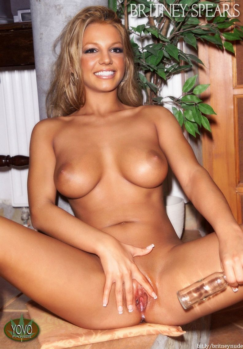 Tatilina polo nude photos