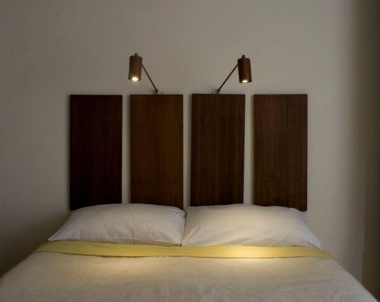 interessante variante f r kopfteil aus holzpaneelen und leselampen dazu schlafzimmer. Black Bedroom Furniture Sets. Home Design Ideas