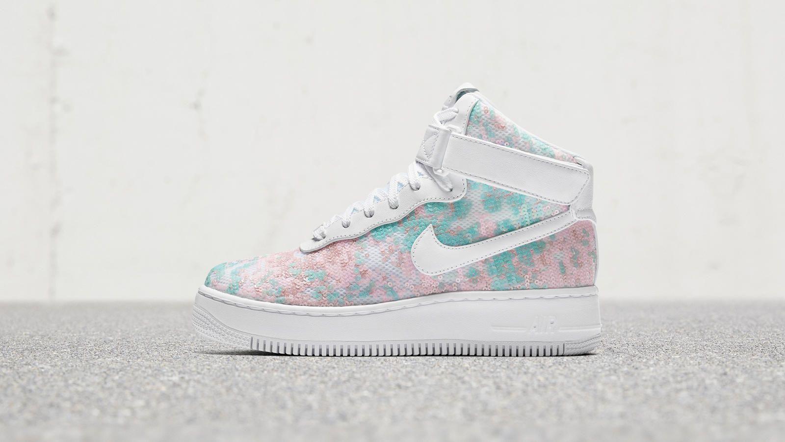 Air Force 1 07 Lx Baskets Basses Nike Air Force 1 Upstep Hi Lx Nike Sneakers Women Nike Sneakers