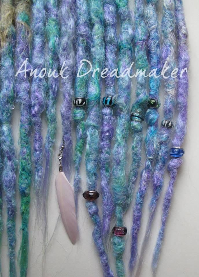 Do you like beads? ;) This accent kit is also available as premade set for sale!/ Anouk Dreadmaker