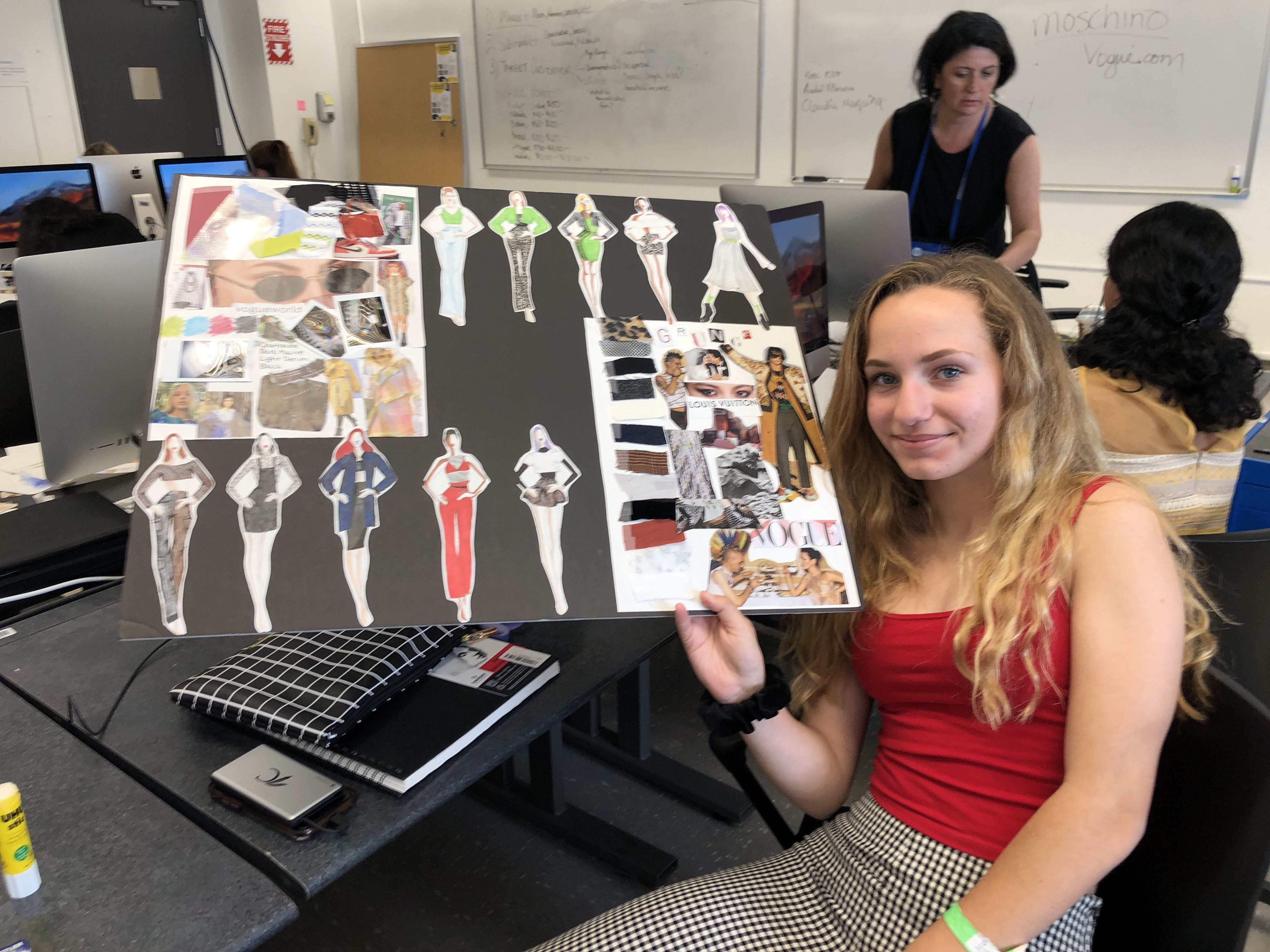 In A Week In The Life Of A Fashion Designer Part Of The 11 Day Precollege Program At Fit Students Spend A Week With A De In 2020 With Images Fashion Design