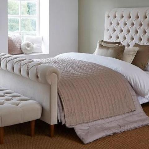 Colorado Soft Cream Naple Chesterfield Sleigh Scroll Bed ...
