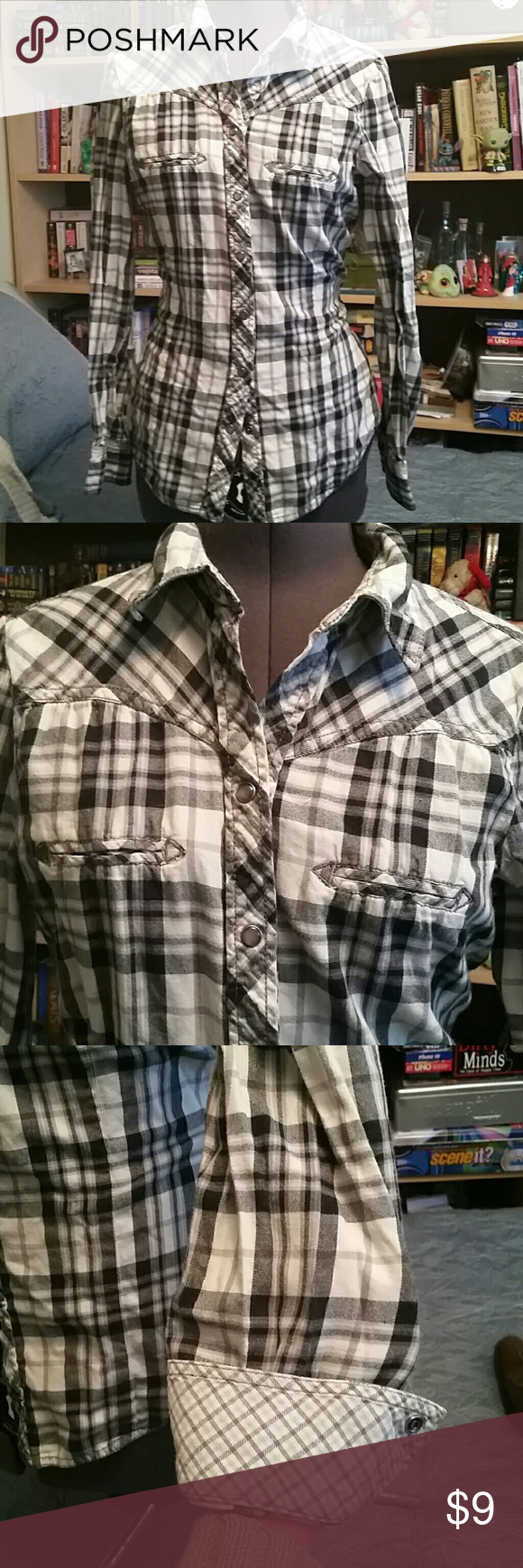 Flannel shirt cake  White grey black and sky blue flannel shirt Mostly white grey