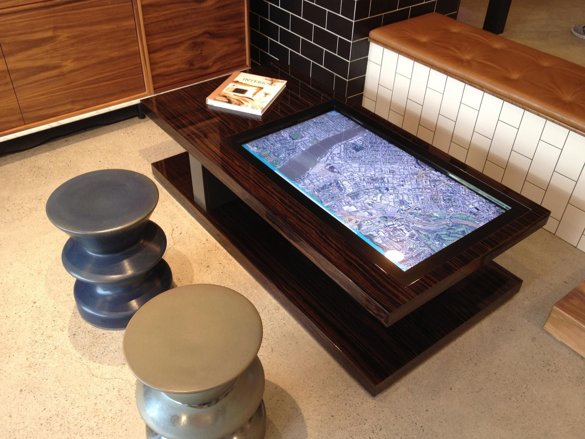 Multi Touch Coffee Table Designs Interactive Interiors Touch  # Table Tv D'Angle En Verre Design Transparent