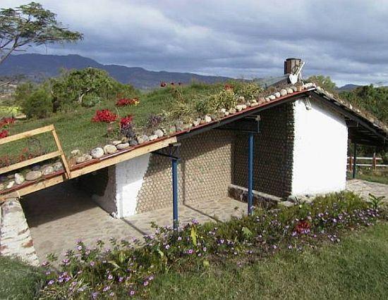 Habitação Saudável: Casas com Material Reciclado