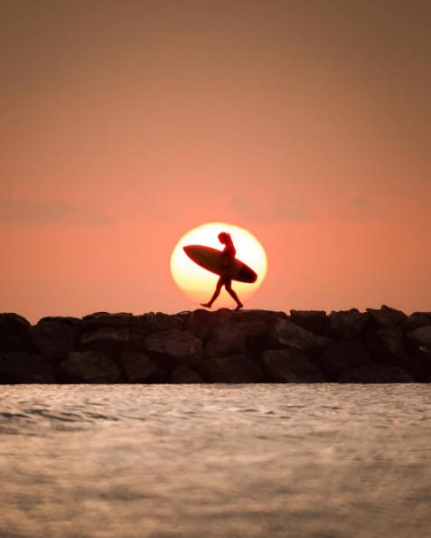 Surfer Girl Silhouette Sunset Wallpaper Oahu Dan Worden Amp Kelsey Williamson Say Yes To Adventure