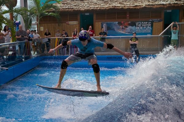 American Wave Machines Powers World S First Indoor Wake
