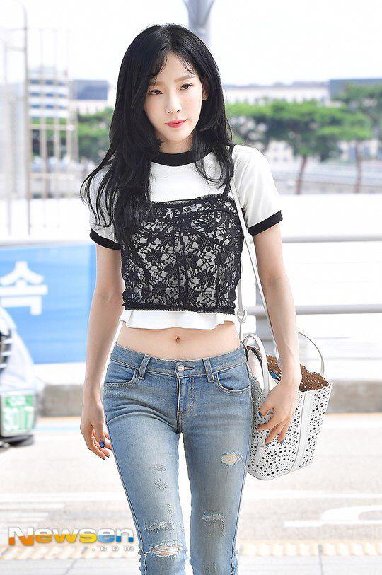 Snsd taeyeon age