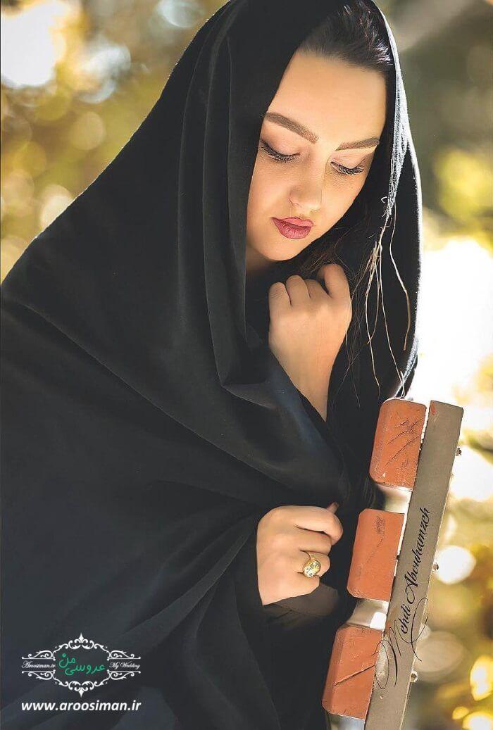 ژست عکس دخترانه باحجاب ژست عکس تک نفره دخترانه ژست عکس دخترانه ایرانی ژست عکس دخترانه سلفی ژ Beautiful Iranian Women Iranian Girl Iranian Women Fashion