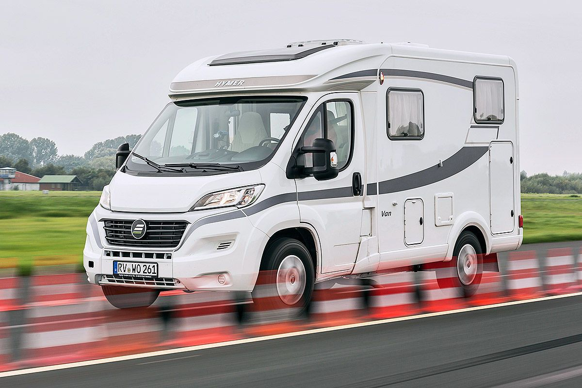 hymer van 314 im wohnmobil test motorhome. Black Bedroom Furniture Sets. Home Design Ideas