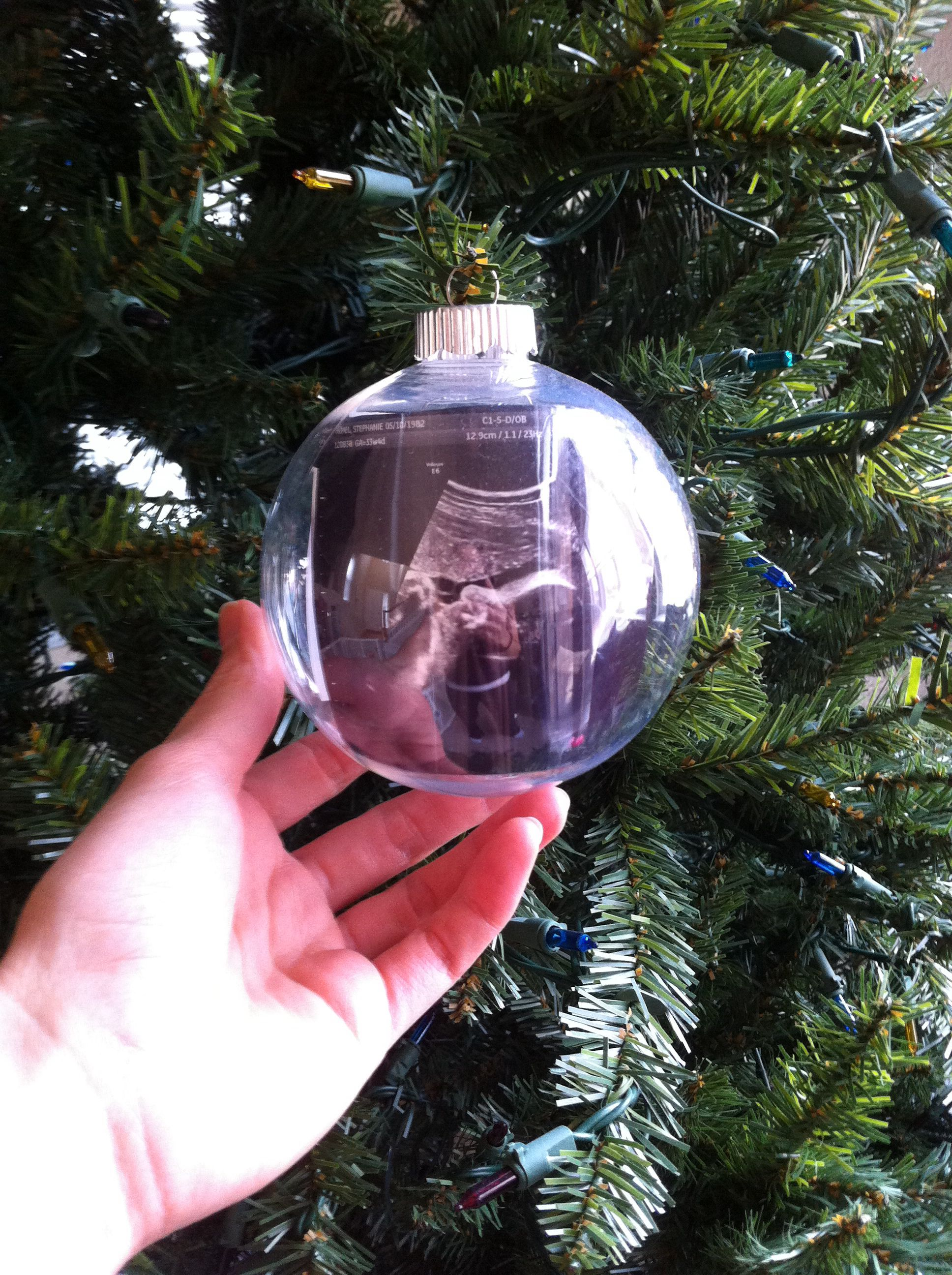 Ultrasound Ornaments Clear Plastic Ornaments From Joann S And Us Pics Perfect Time Capsule To Diy Projects Christmas Gifts Picture Ornaments Christmas Bulbs