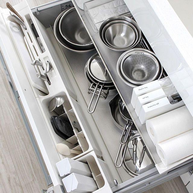 家事の効率もアップする キッチンの引き出し整理収納術 キッチン 整理 システムキッチン 収納 アイデア 台所 収納 引き出し