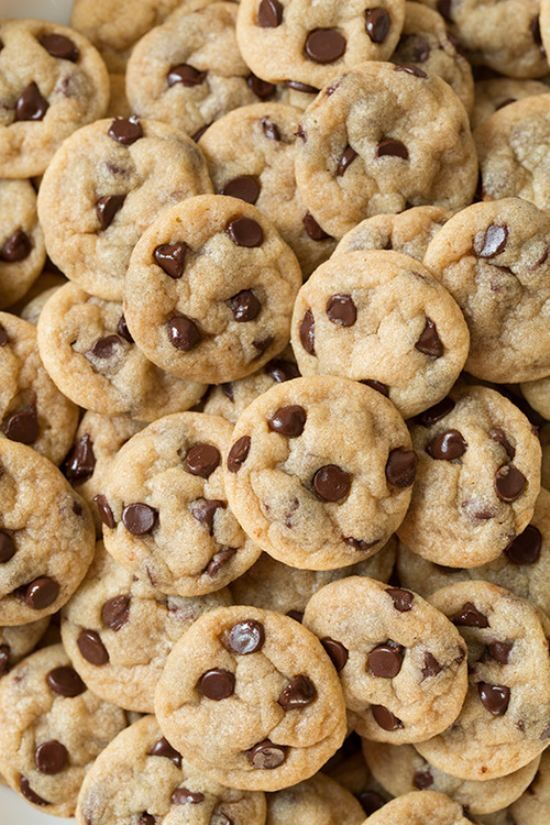 Iphone Backgrounds 17 Mini Chocolate Chip Cookies Yummy Food Love Food Best cookies hd wallpapers