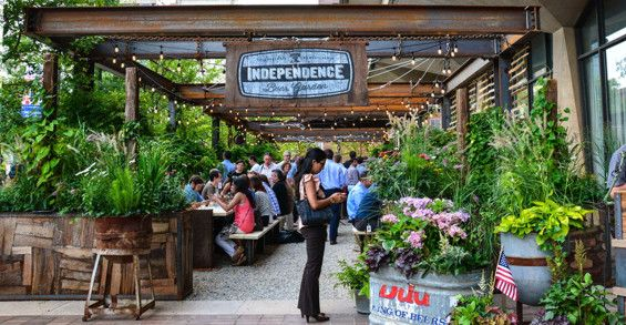 independence beer garden philadelphia usa groundswell design group landscapearchitecture usa