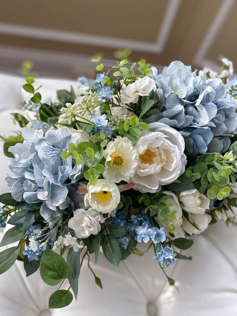 White And Blue Flower Arrangement Silk Flower Arrangement Etsy In 2020 Blue Flower Arrangements Hydrangea Flower Arrangements Flower Arrangements