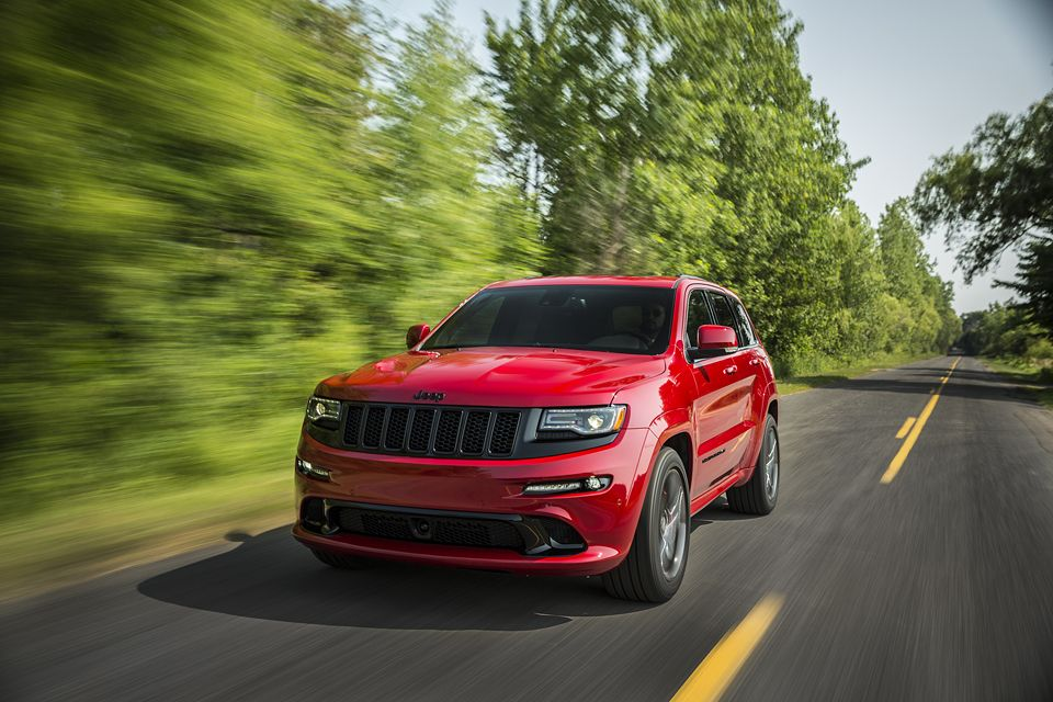 For 2015 The Most Awarded Suv Ever Builds Upon This Proven Success With More Horsepower And Torque A N Jeep Grand Cherokee Srt Jeep Grand Jeep Grand Cherokee
