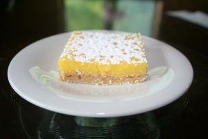 Perfect Lemon Bars by moi.